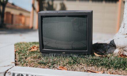 """""""J'accuse"""" alla tv spazzatura"""
